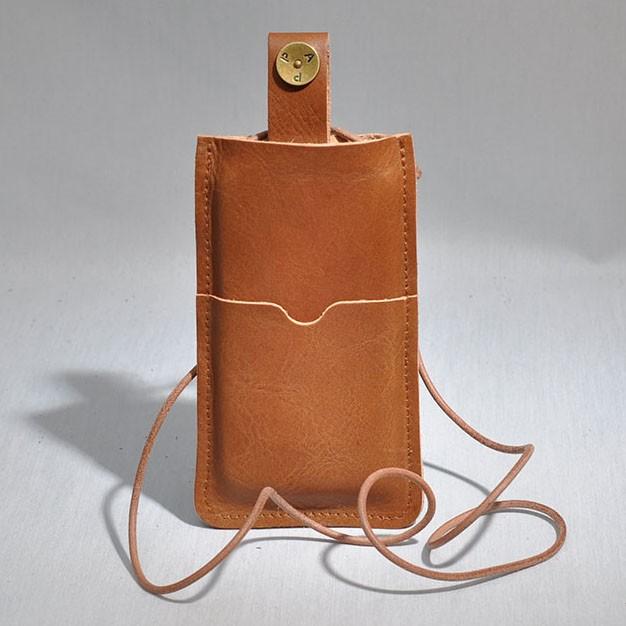 P.A.P Læder Etui m/ Kortholder & Neckband til Bl.a. iPhone 5 - Lysebrun