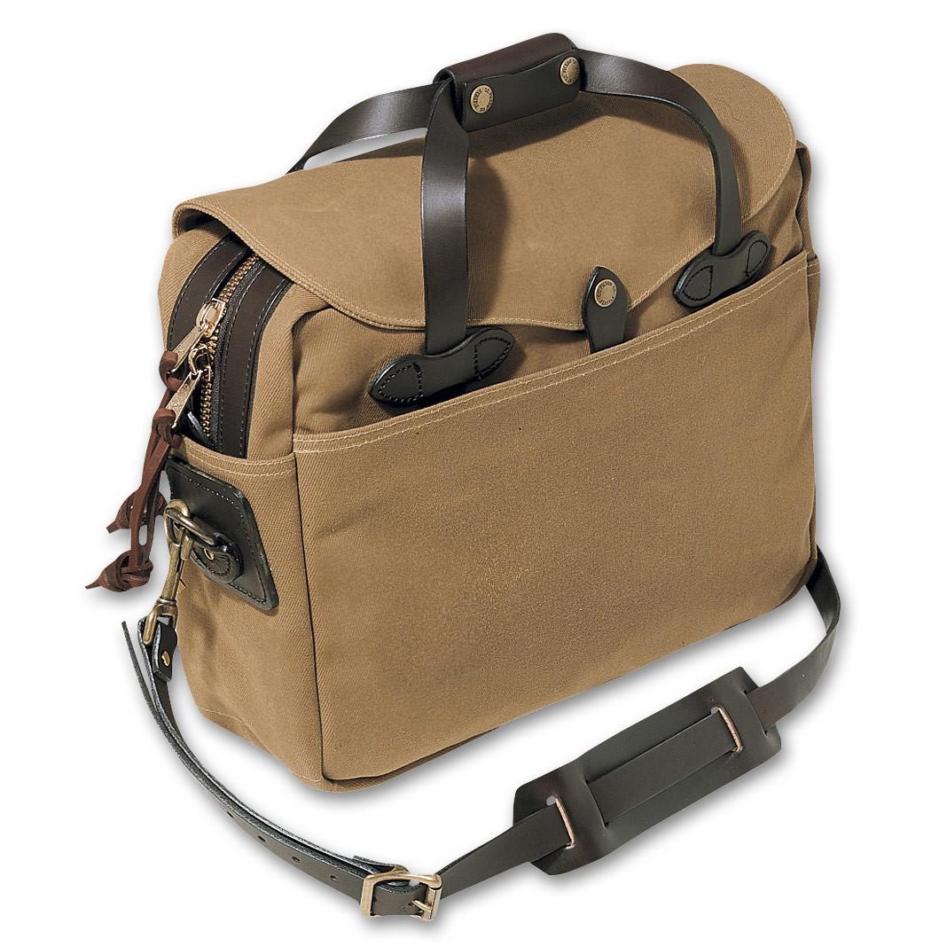 """Filson Large Briefcase / Computer Case Op til 16"""" - Dark Tan"""