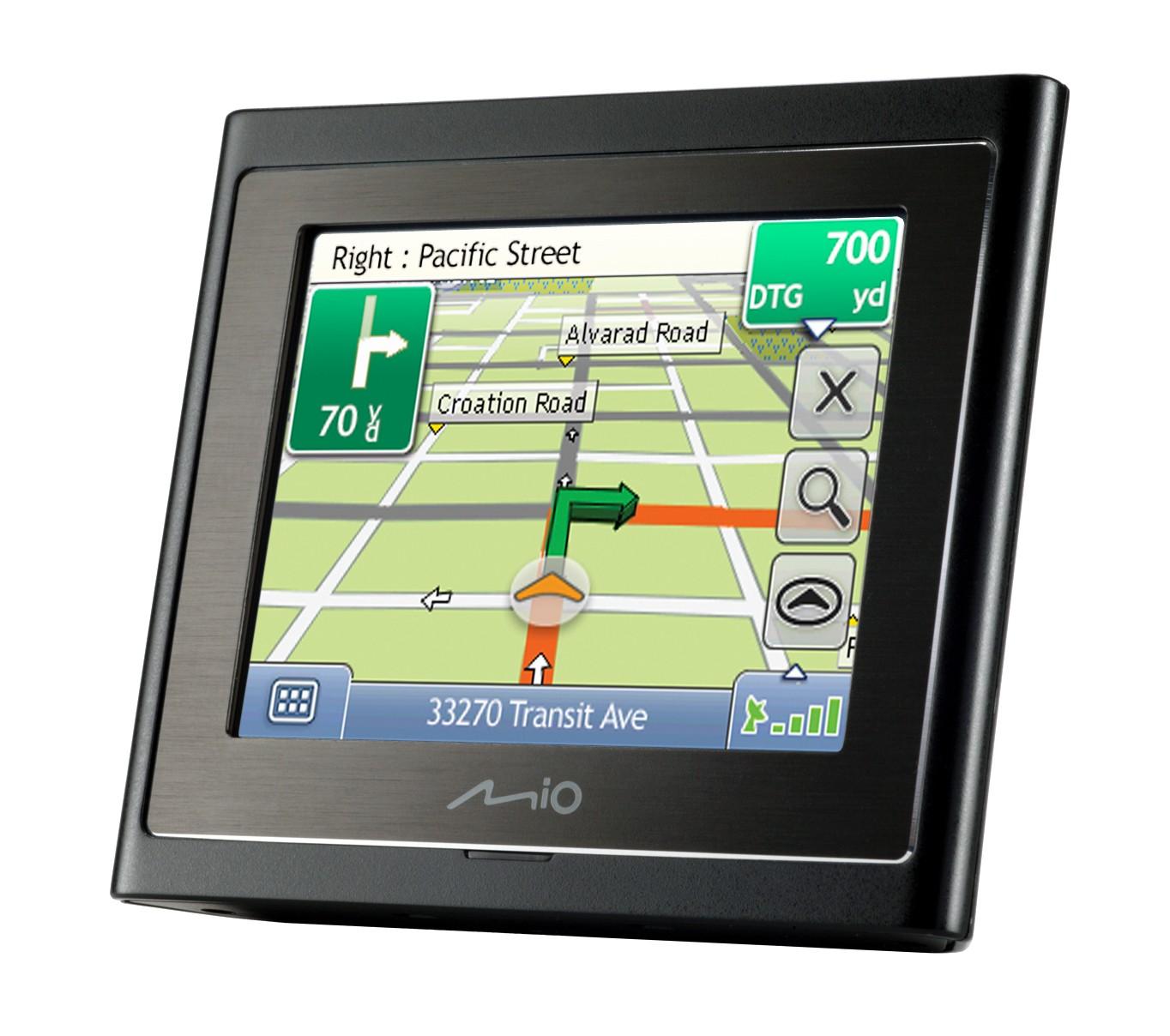 Mio Moov 200 Nordisk - Brugervenlig GPS Navigation til Bilen (1 STK. TILBAGE)